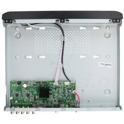 Wnętrze rejestratora TURBO HD DS-7208HQHI-K2