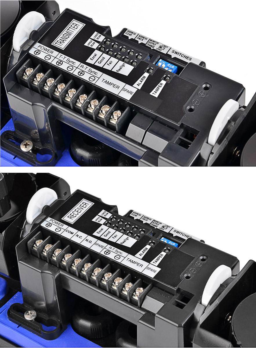 Parametry pracy bariery AX-350DH mogą zostać zmienione przy pomocy dip-switchy i przycisków znajdujących się we wnętrzu urządzeń