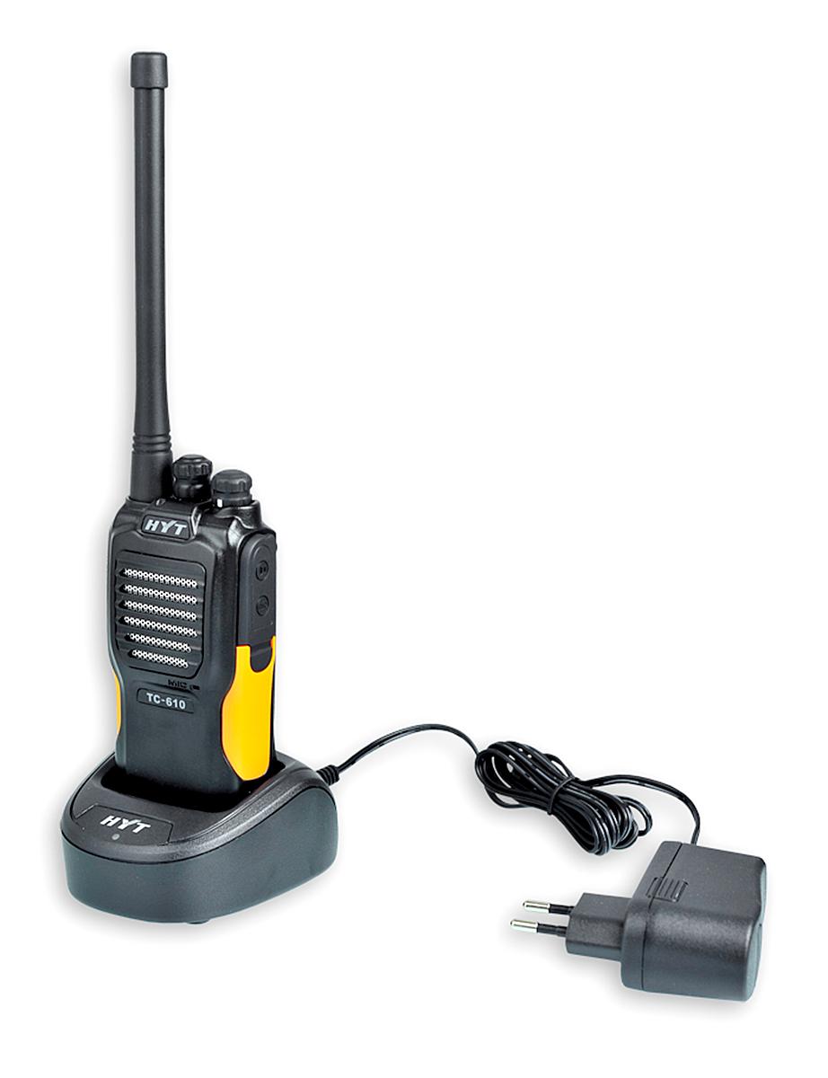 Radiotelefon TC-610 umieszczony w podkładce ładującej
