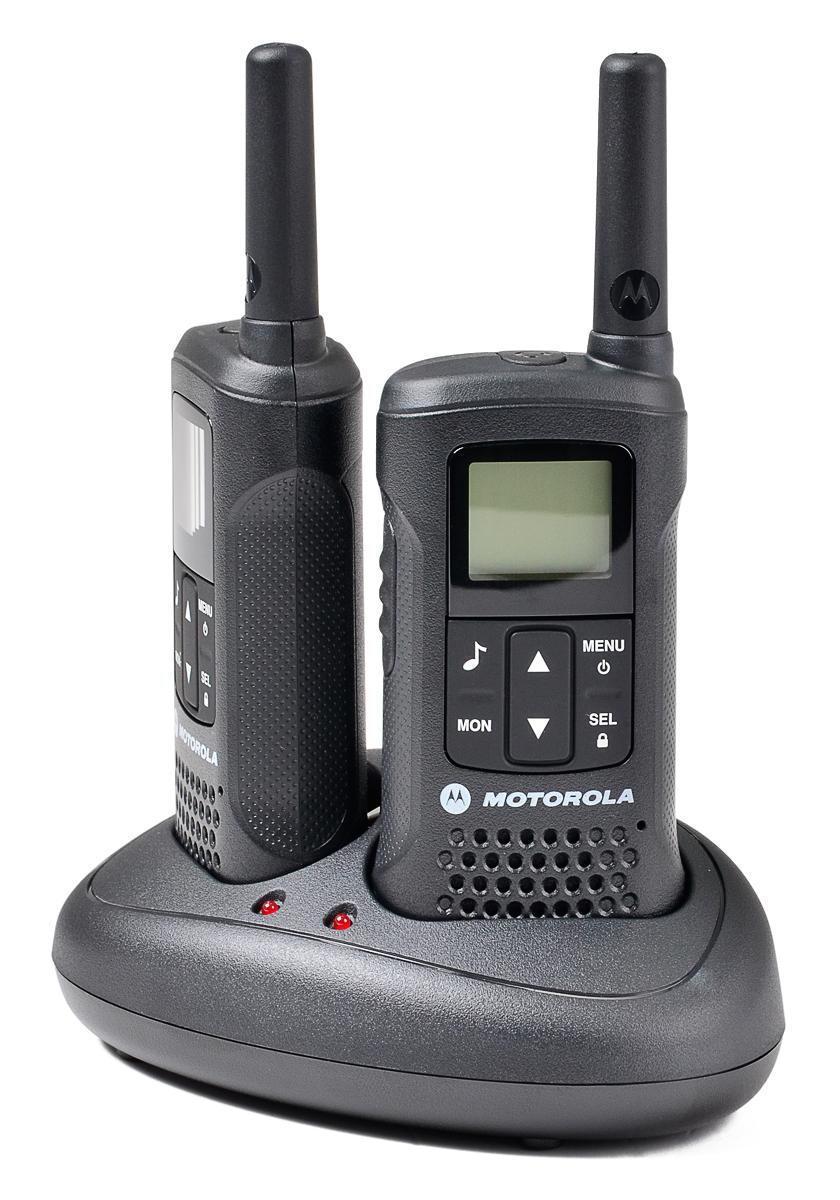 Radiotelefony T60 umieszczone w podstawce ładującej