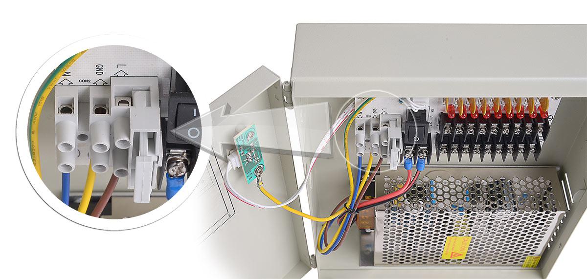 Główny bezpiecznik zasilacza 12V/5A/9O/BOX