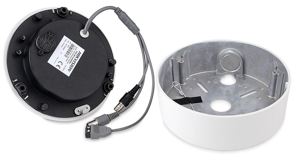 Kamera DS-2CE56C5T-AVPIR3 ze zdjętą podstawą