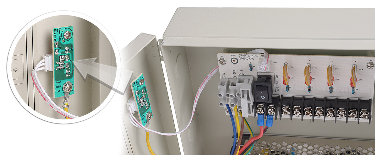 Moduł diod LED w zasilaczu 12V/5A/4O/BOX
