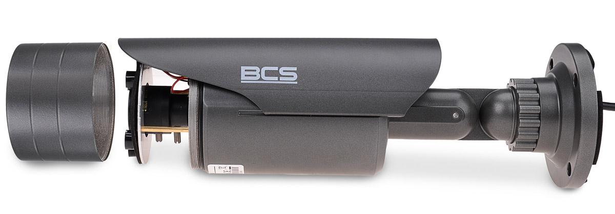 Obiektyw kamery BCS-TQE3200IR3 jest regulowany ręcznie przy pomocy pokręteł