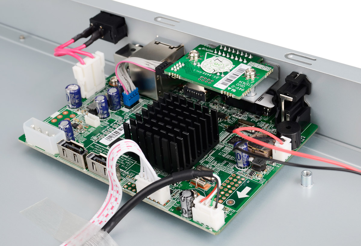 Płytka elektroniki rejestratora DS-7608NI-E2/A