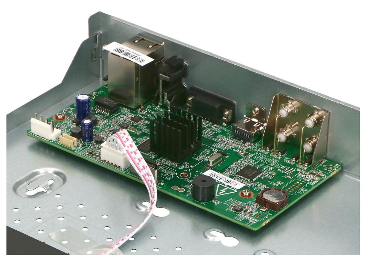 Płytka elektroniki rejestratora TURBO HD HWD-6104MH-G2