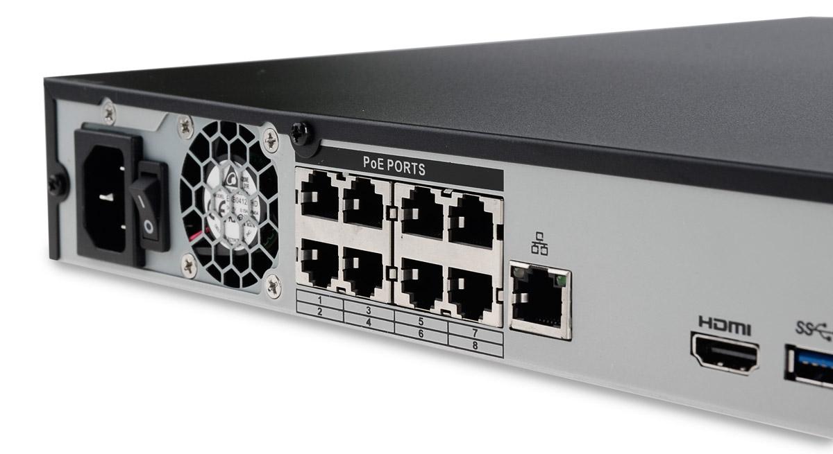 8-portowy switch PoE 802.3af w rejestratorze BCS-NVR0802-4K-P