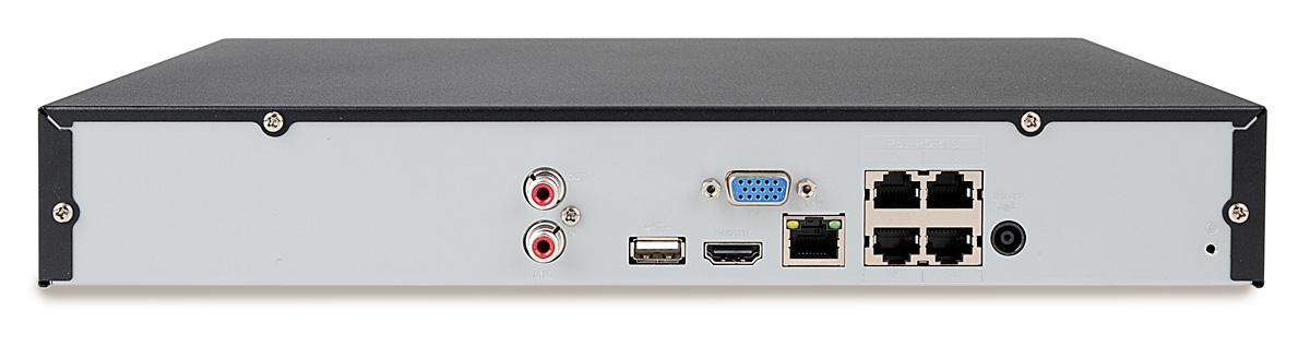 Port PoE umieszczony w tylnej części rejestratora BCS-NVR0401X5ME-P