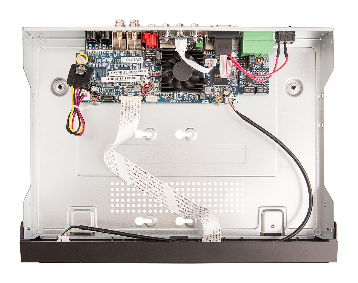 Wnętrze rejestratora BCS-CVR04012M-III