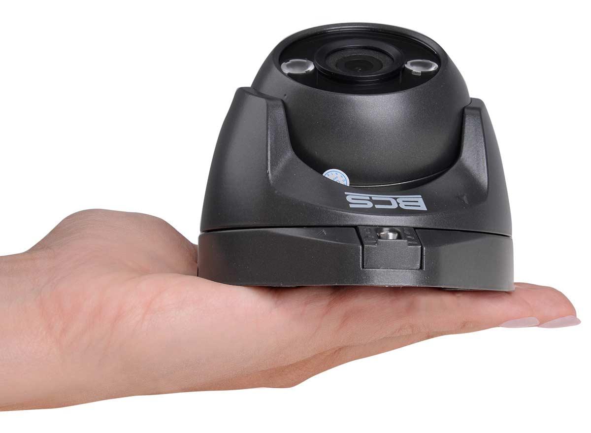 Niewielkie wymiary kamery BCS-DMQE1200IR3