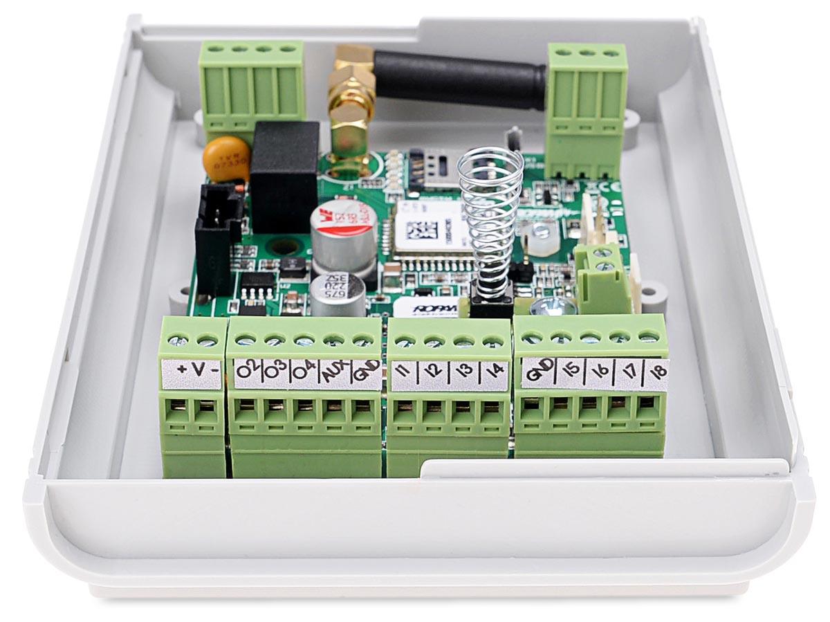 Zaciski modułu powiadomienia BasicGSM-BOX 2
