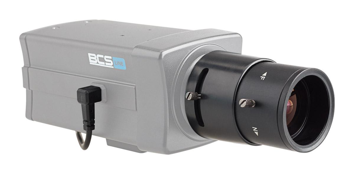Obiektyw BCS-28122MIR zamontowany w kamerze typu BOX