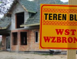 dom w budowie - wstęp wzbroniony