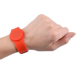 zegarek-basenowy-czerwony-tworzywo-4